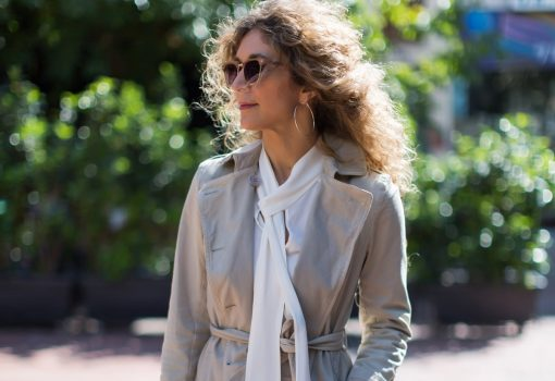 Lola Officialgr, natural color street style by Think Feel Discover