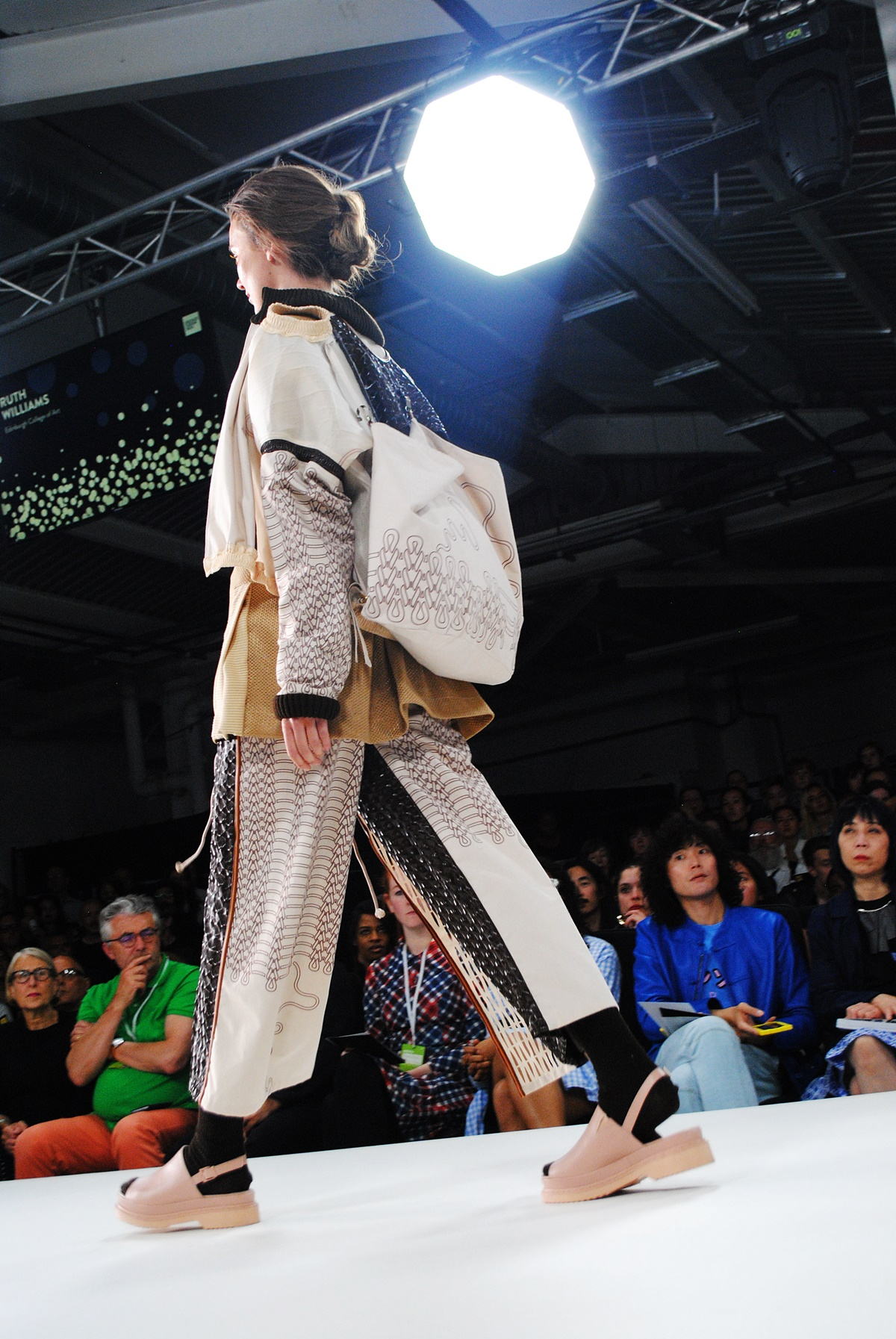 Ruth Williams designer at GFW17, highlights of the fashion show by Think Feel Discover
