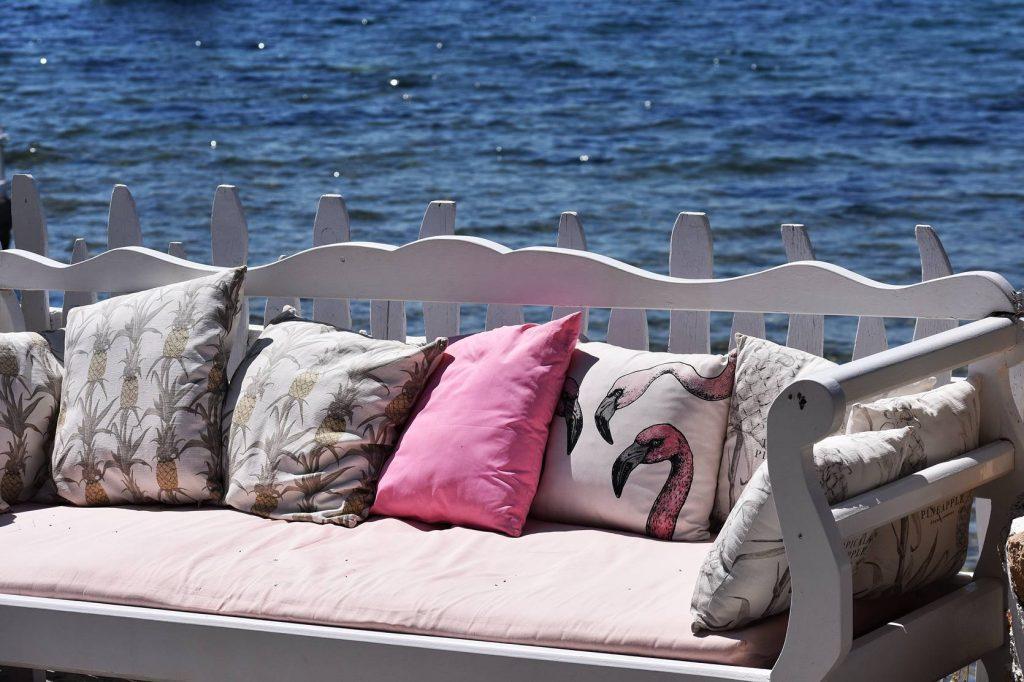 Aegina Greece island, Inn On The Beach, coctail Bar decoration,Think-Feel-Discover.com.