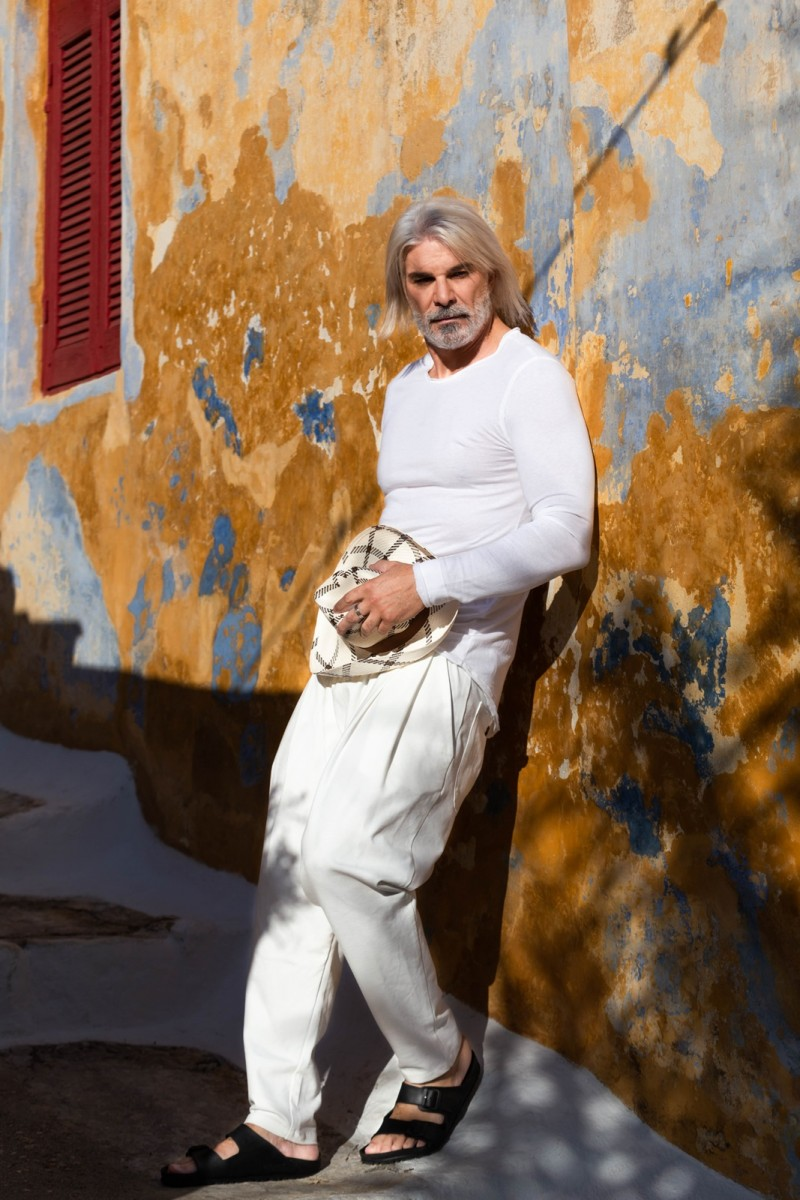 Milan street style, Milan Fashion Week 2020, menswear street style in total white by Chrysanthi Kosmatou, Think-Feel-Discover.com