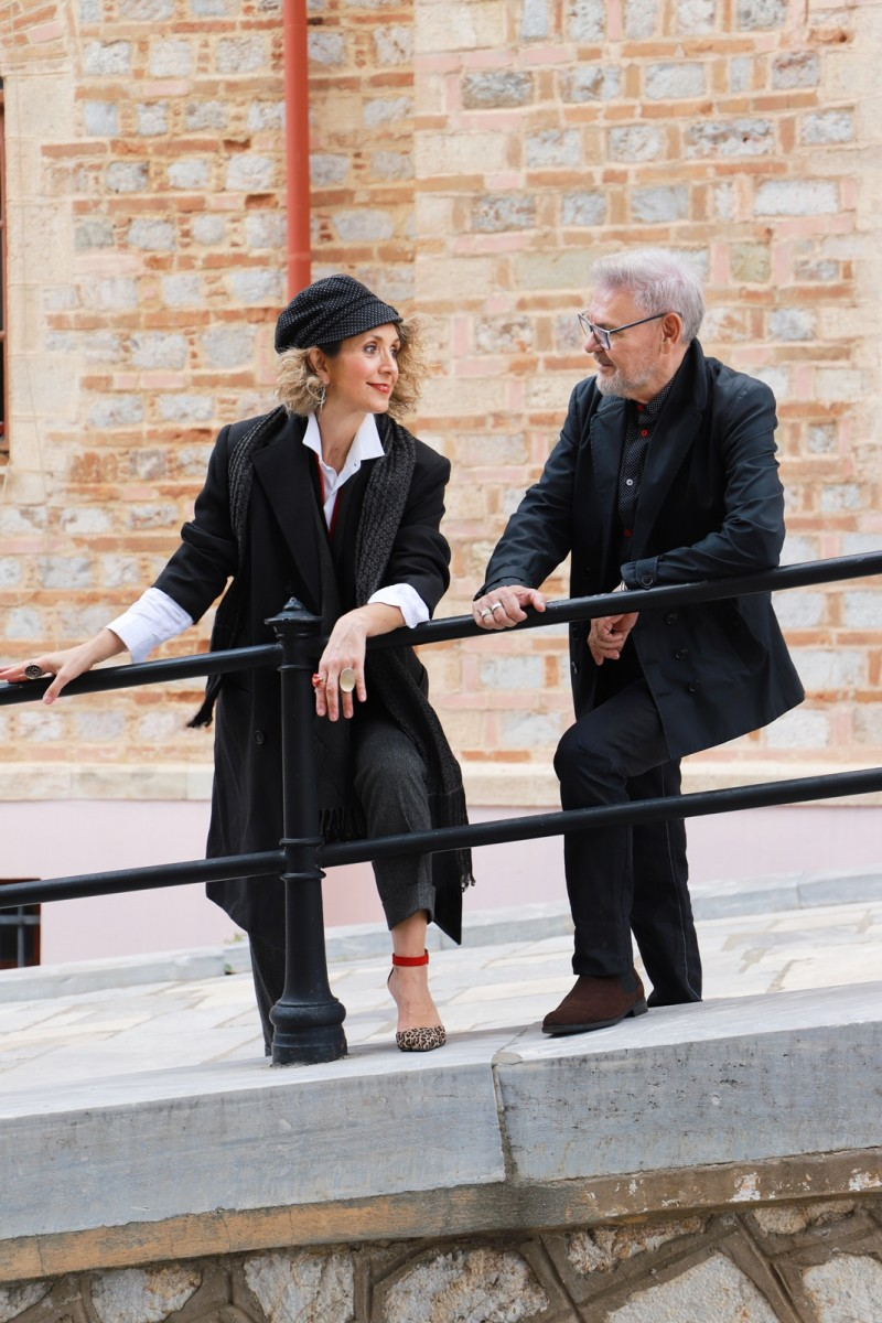 Autumn Outfits 2020, Black outfit ideas, fashion style by Chrysanthi Kosmatou, Think-Feel-Discover.com at Acropolis museum, Athens Greece.