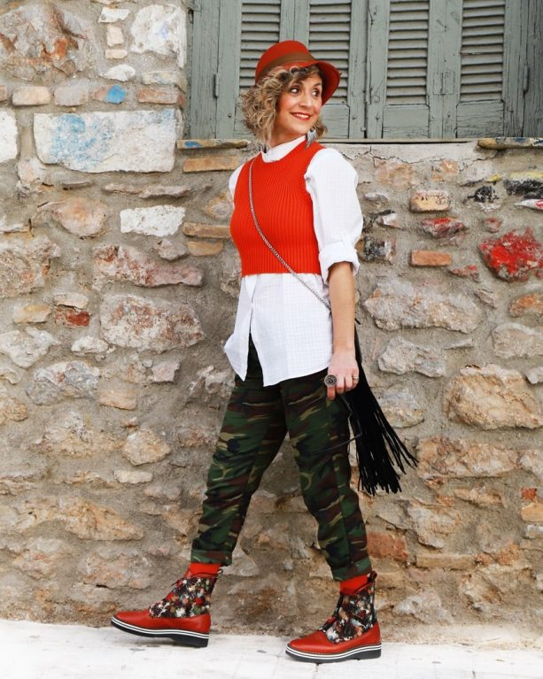 Winter Outfit Ideas 2020, Casualwear fashion trends 2020 & outfits, Street style of Think-Feel-Discover